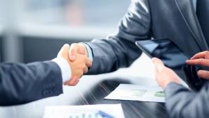 customer handshake